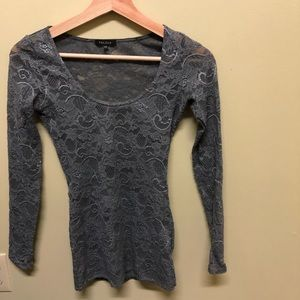 Aritzia - Talula Long Sleeve Lace Tank